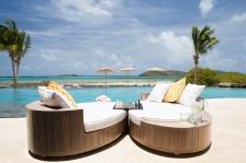 beach-house-terrace-chess